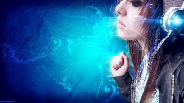 headphones_girl_blue