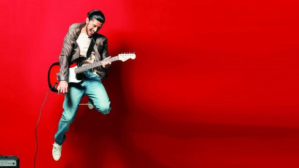Farhan Akhtar Guitar Wallpaper